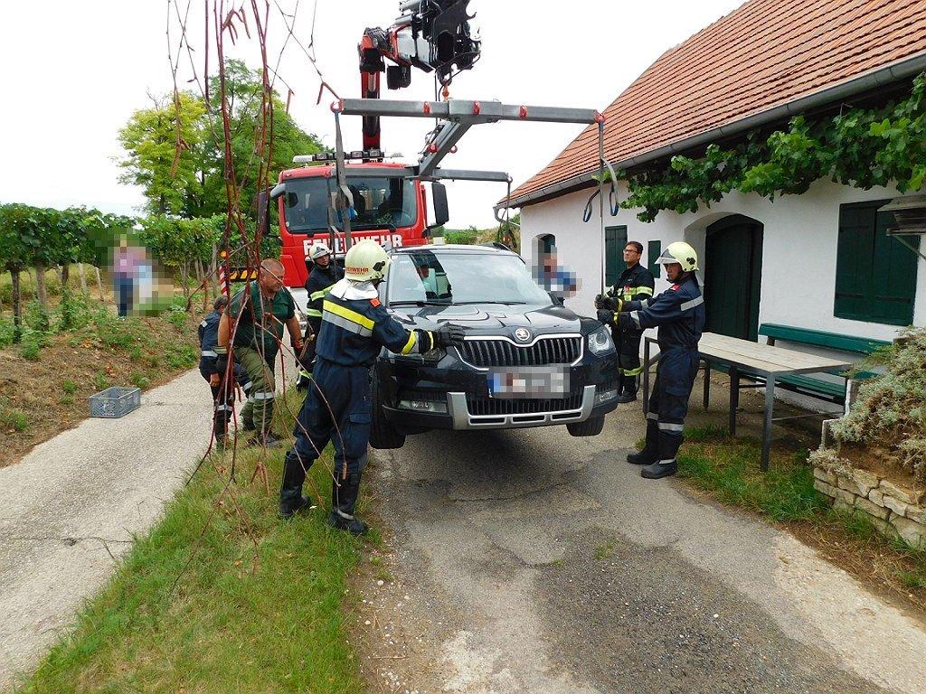 Fahrzeugbergung im Steinergraben