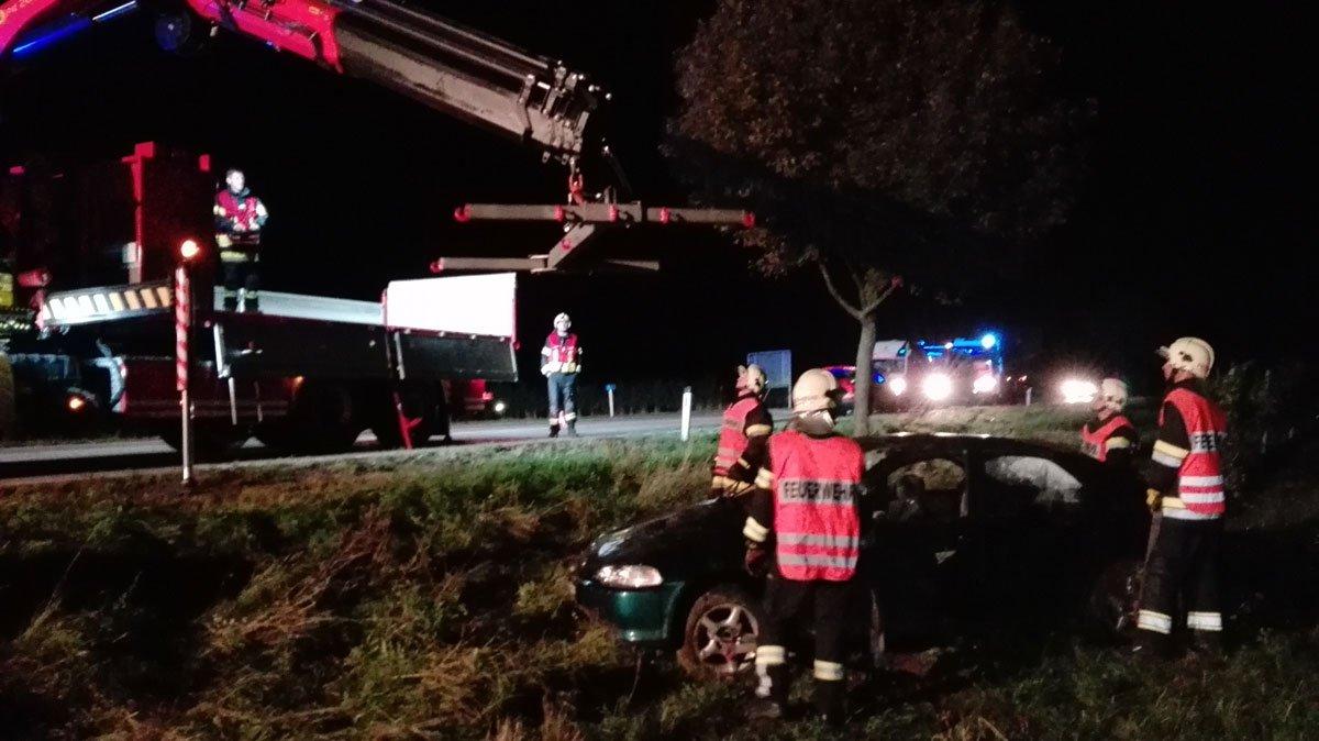 Verkehrsunfall auf der B34 zwischen Feuersbrunn und Engabrunn